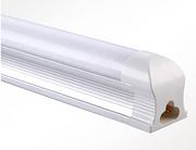 简约白色LED室内T8一体化灯管