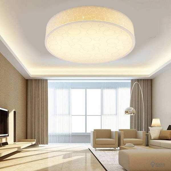 客厅吸顶灯具好吗 还是选择吊灯好