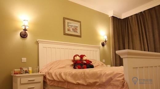卧室床头壁灯位置哪里合适 注意事项有哪些