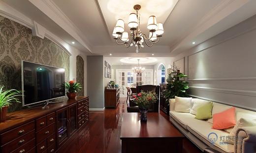 客厅吊灯要几头的好 客厅吊灯如何选择