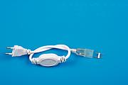 防水灯带插头 欧规圆插扁插4A 固定针