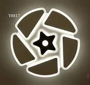 Y8817 风扇灯