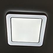 方形吸顶灯