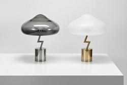"""闪电台灯……设计师说:这是韩国版的""""装逼被雷劈"""""""