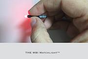 世界上最小的手电筒 火柴棍一样大 却能照明8小时