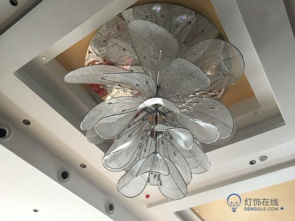 怎样选择复式楼客厅大吊灯
